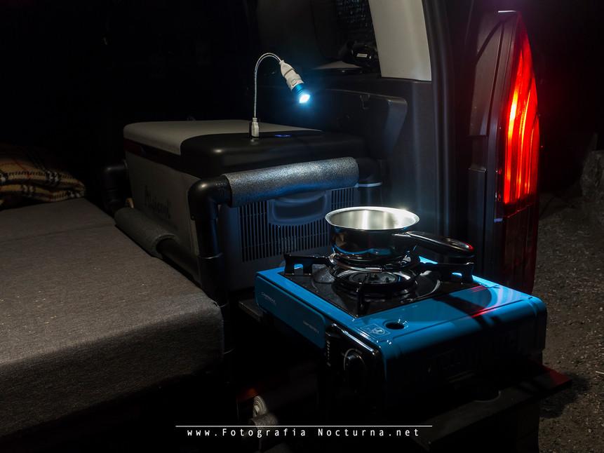 Xtar UL1-120 campervan by FotografiaNocturna.net _1.jpg