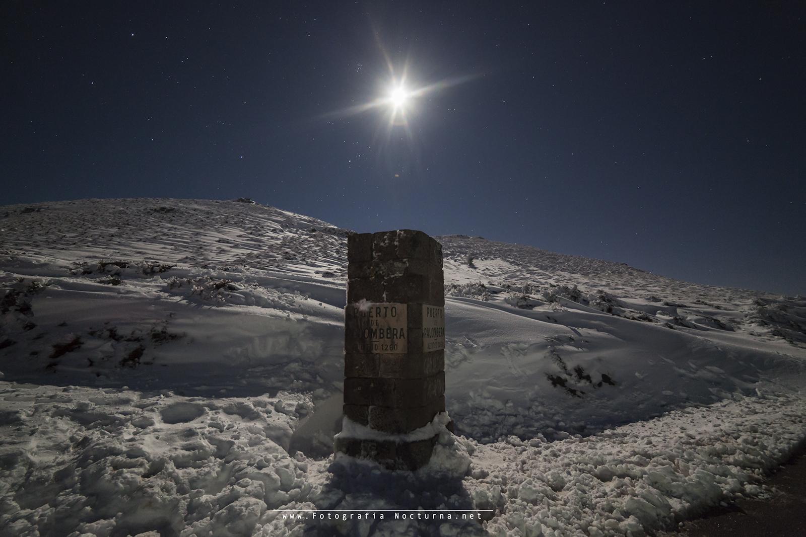 La Luna y las Pléyades