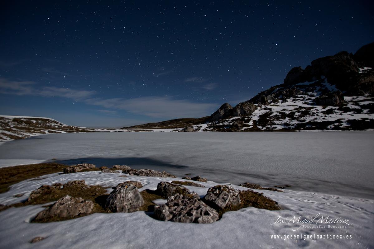 Lago Ercina helado