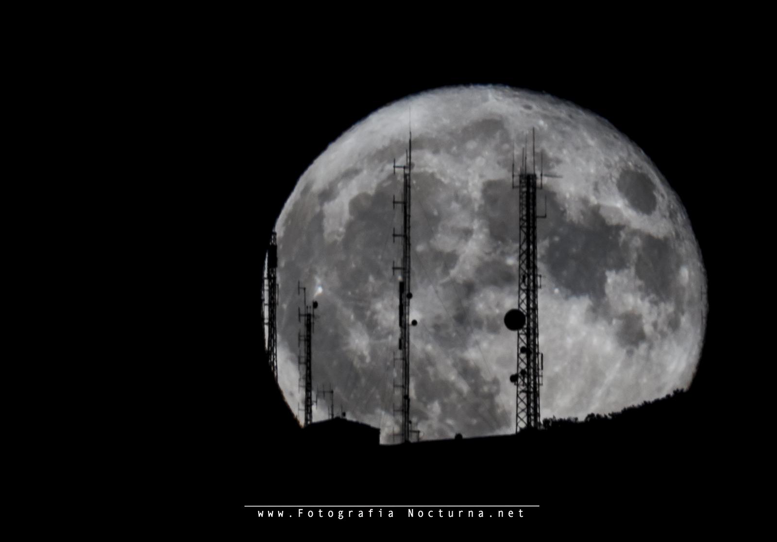 La luna a 2200mm de focal
