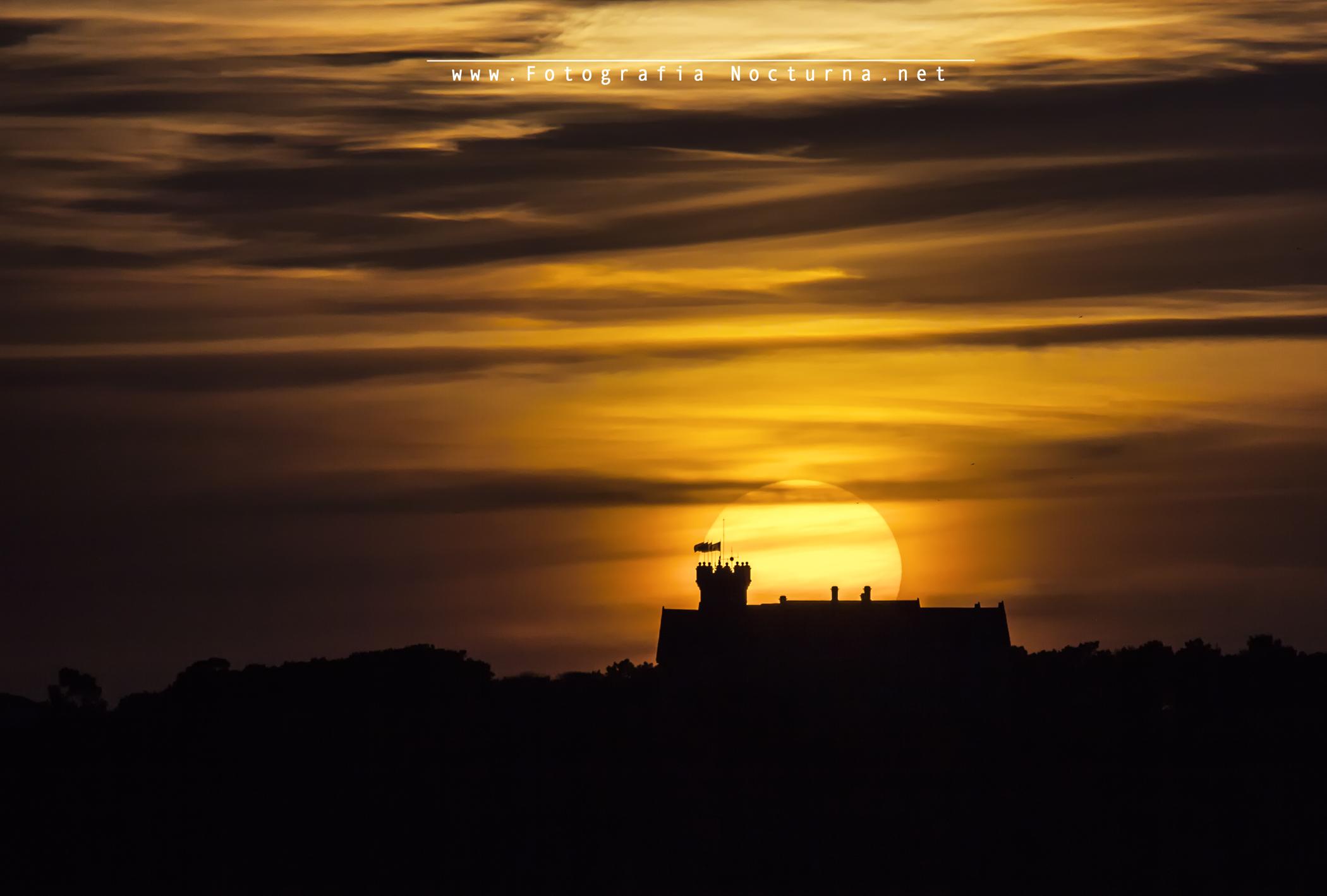 Sol por el Palacio de la Magdalena