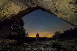 Cuevas y estrellas