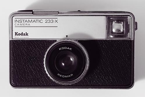 Kodak Instamatic 233-X  (Small)