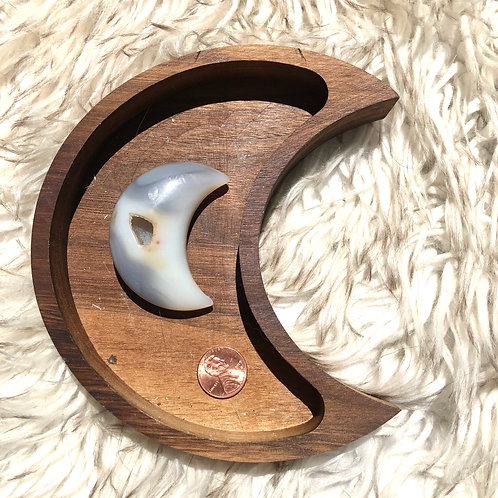 Agate Crescent Moon #AM1 (approx 36g)