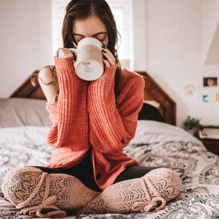 self care for a chilly morning : 11 ways to stay warm + cozy!