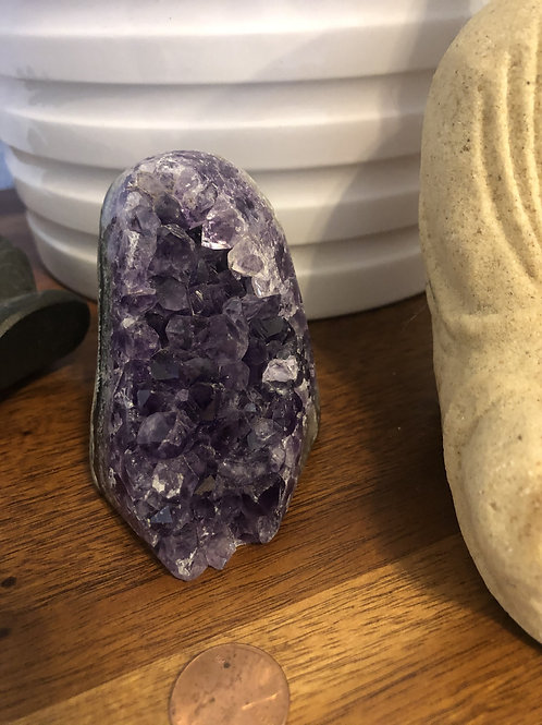 Amethyst Stand #AS17 (approx 260g)