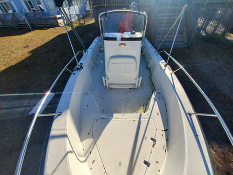 STUNNING Before and After Boat Detail of a 19ft Boston Whaler