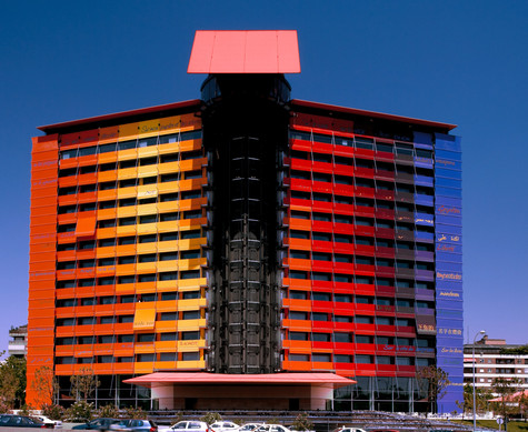 Parking Hotel Puerta de América by Teresa Sapey