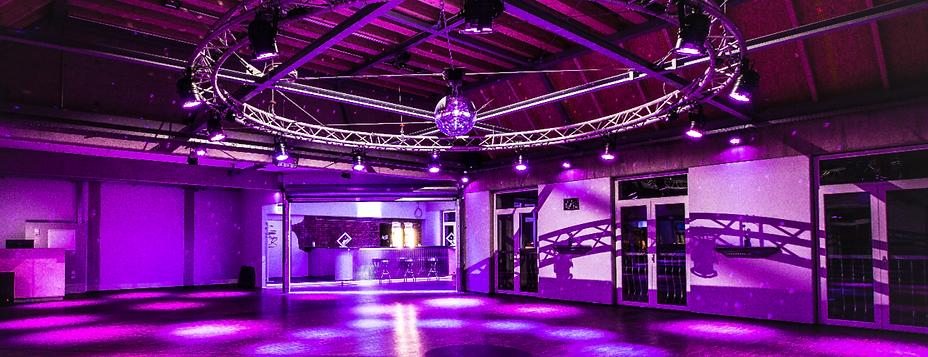 Tanzsaal II_edited