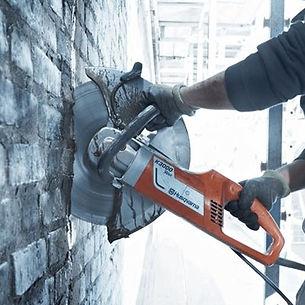 concrete cutting.jpg
