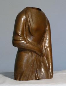 Gewandstudie (ca. 1947), Kupfer getrieben, 30 cm hoch
