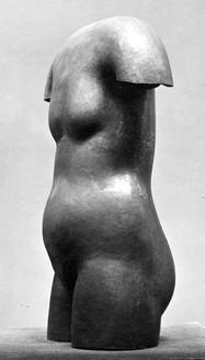 weiblicher Torso (ca. 1926), getrieben, verschollen