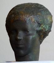 Bauernmädchenkopf, (ca. 1947), Kupfer getrieben, 35 cm hoch