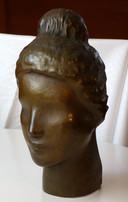 Mädchenkopf (ca. 1947), Kupfer getrieben, 30 cm hoch