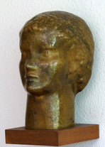 Jünglingskopf (ca. 1947), Kupfer getrieben, 35 cm hoch