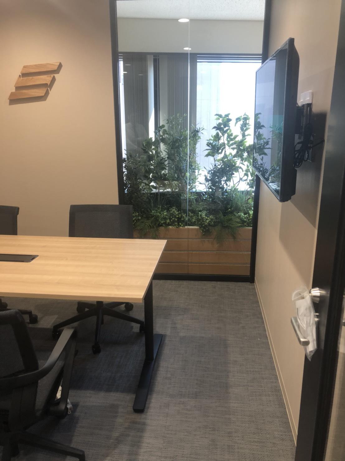 名古屋市・オフィス・フェイクグリーン・プランターボックス