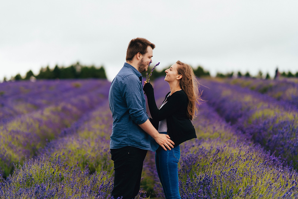 Cue couples outdoor engagement shoot at the Cotswold Lavender Fields, Cotswold Wedding Photography