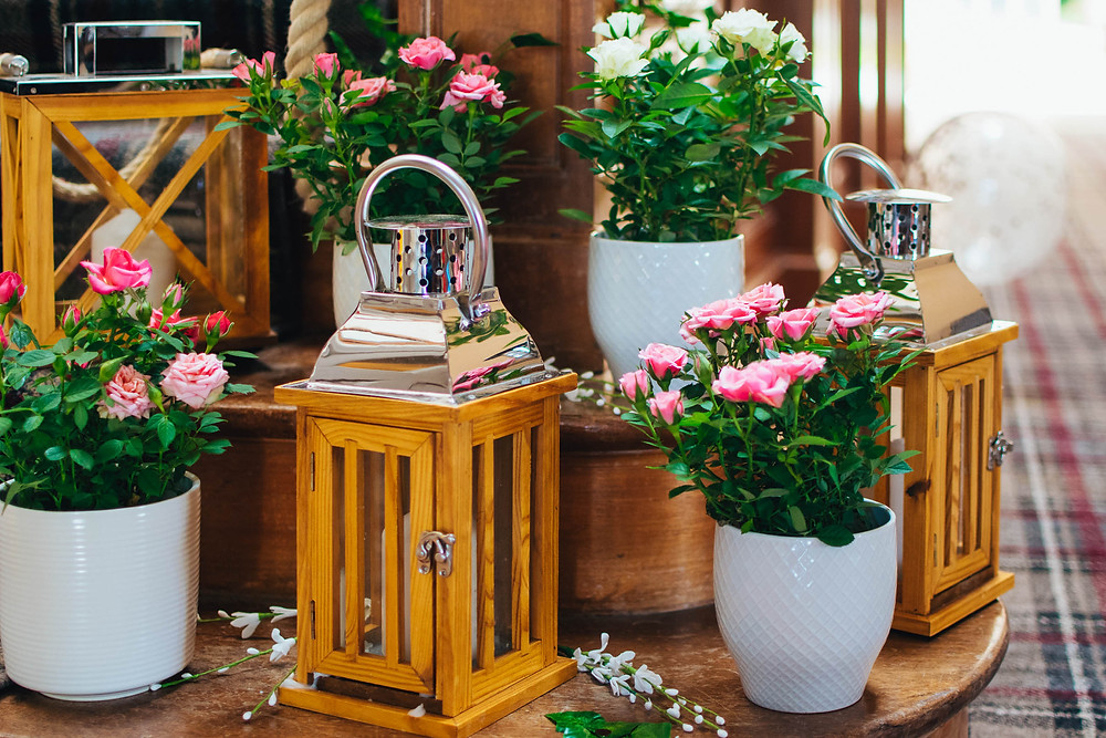 how to have a sustainable wedding day, eco-friendly wedding flowers