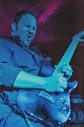 071-XSiGHT- Scott live in blue (2).jpg
