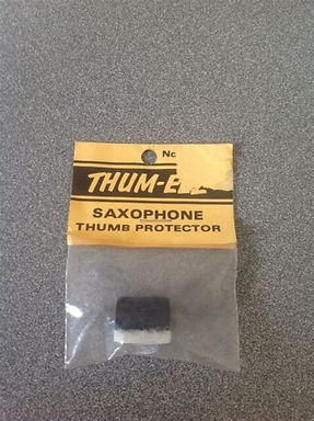 01.Thumb EEZ Saxophone Thumbrest Cushion