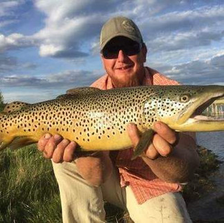 Fly Fishing Guide Montana.jpg