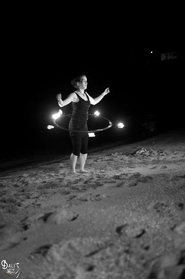 BALI'S SUMMER NIGHT-Heinrich Damien
