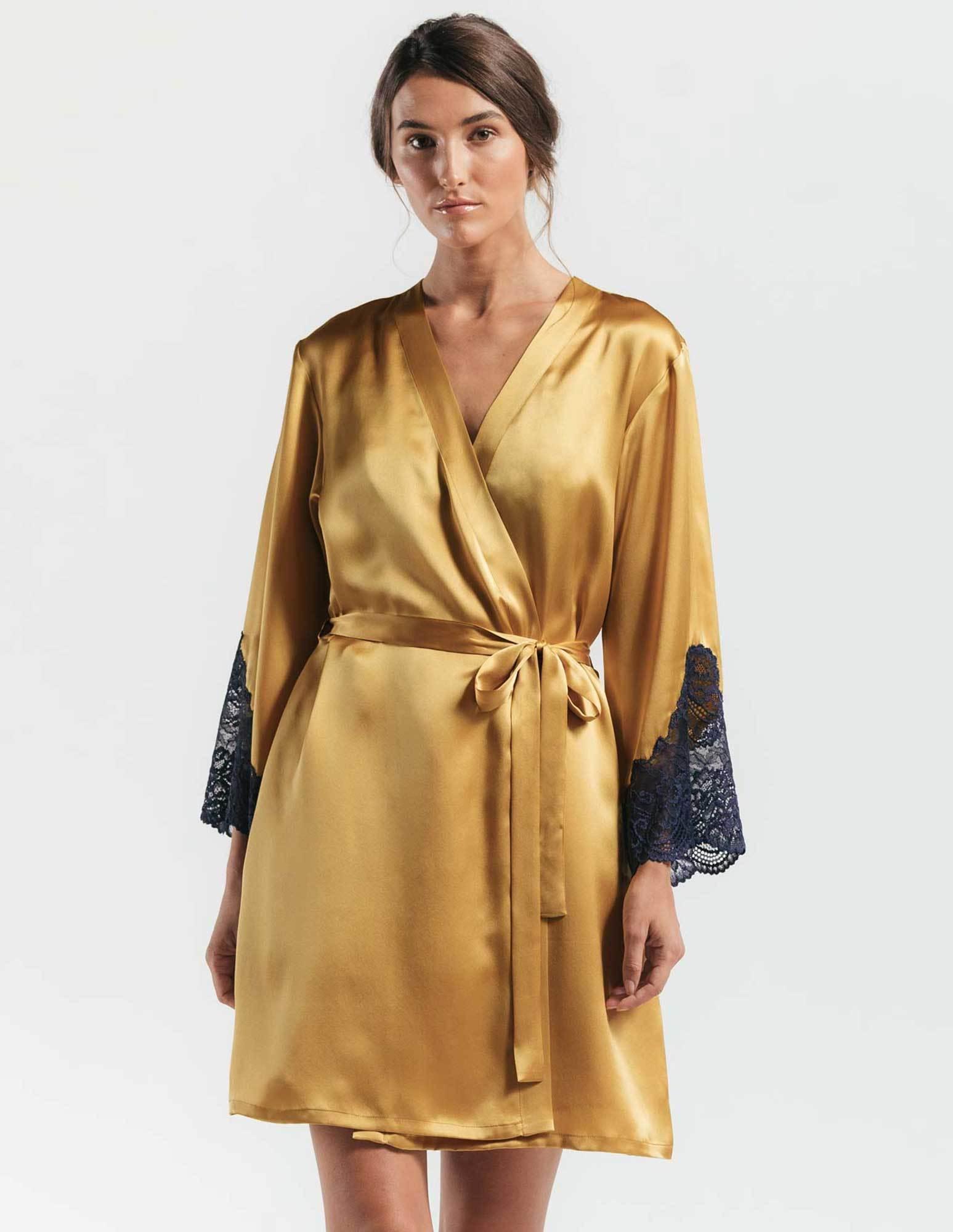 12. Juliette Short Robe $345. M-L