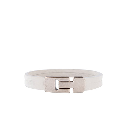 Bracelet with silver-tone clasp