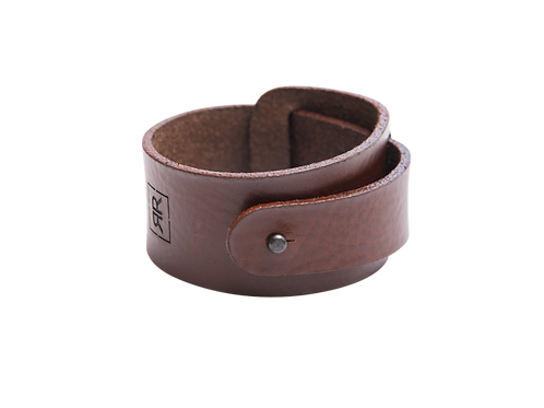 Wide Reddish-Brown leather bracelet with strap around