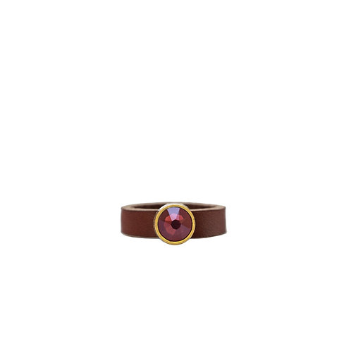 Leather ring with burgundy Swarovski crystal