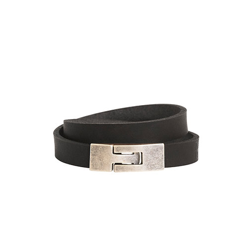 Double wrap bracelet with clasp
