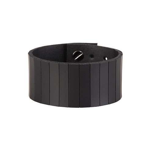 Wide Bracelet with Cutted Lines