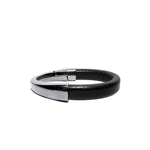 Asymmetrical silver clasp bracelet