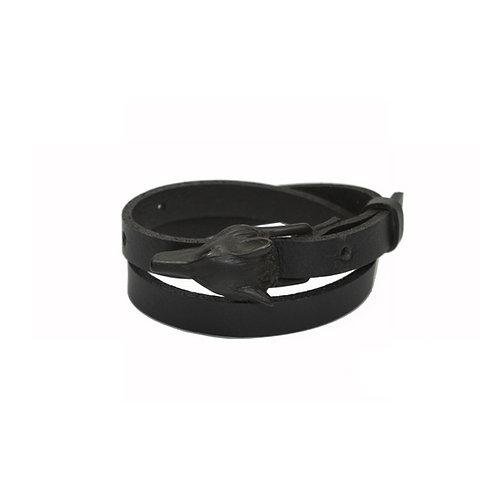Black matte Wolf buckle bracelet