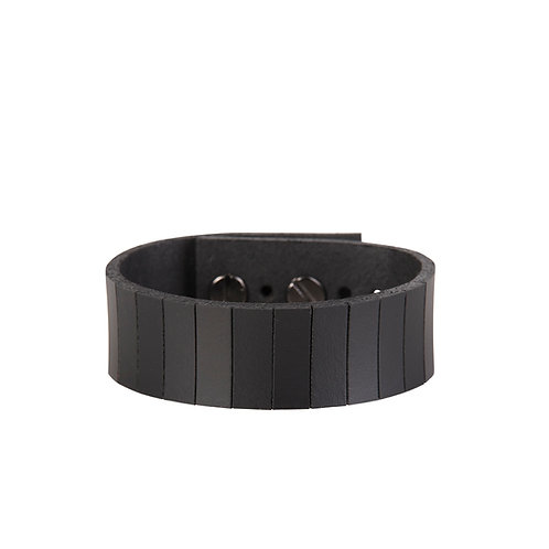 Bracelet with Cutted Lines