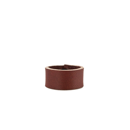 Reddish-brown leather band ring