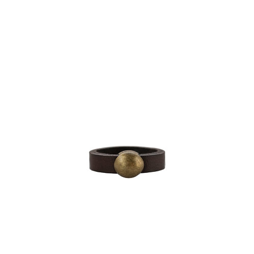 Leather ring with bronze tone circle detail
