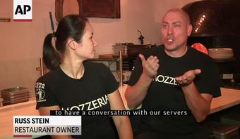 ろう者夫婦が経営するピザ屋 アメリカ|世界で活躍するろう者No.3