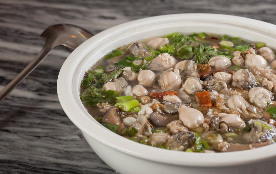 蠔仔肉碎泡粥 Baby Oyster With Mince Meat Congee 每位  Person   HK$56 2 人   Regular  HK$86 小窩  Small      HK$138 大窩  Large      HK$188