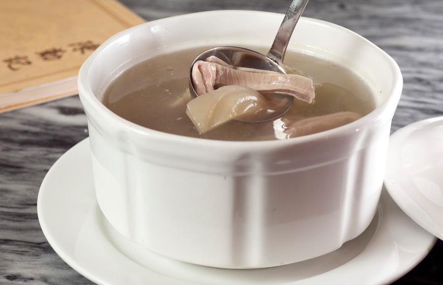 鹹菜胡椒燉豬肚湯 Double Boiled Pig's Lung & Almond Soup 每位 Person   HK$49 例     Regular  HK$188   大窩  Large     HK$288