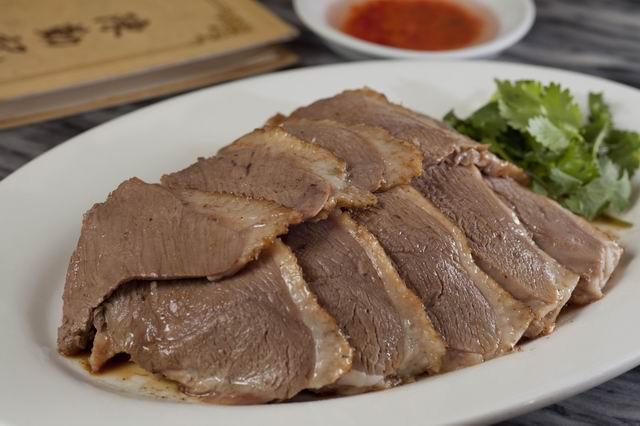 馳名滷水鵝片 Sliced Soyed Goose 例  HK$238