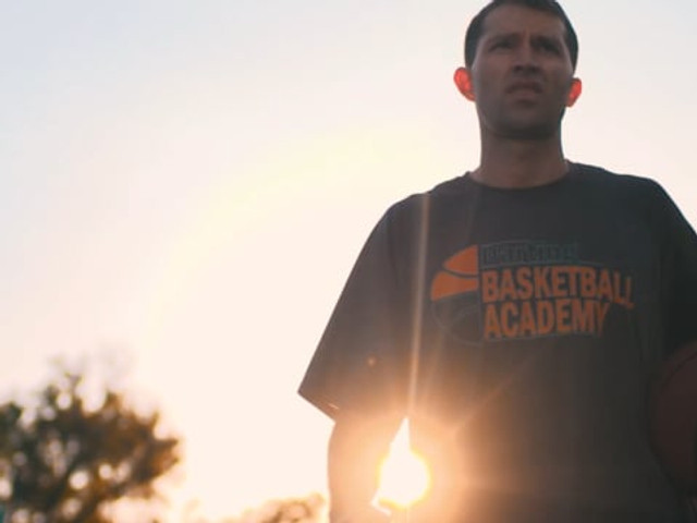 darting basketball academy | feature story