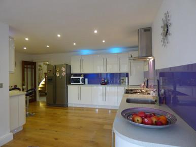 white-villa-house-floor-interior-home-56