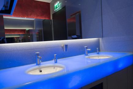 light-floor-interior-swimming-pool-space