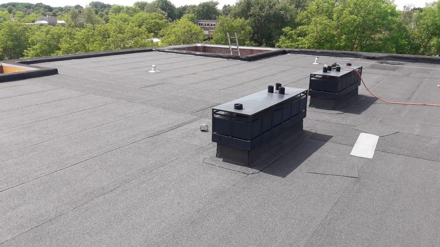 bitumen garage en dak appartementen Wethouder Thomsonbos Heiloo
