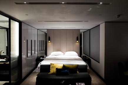 bed-bedroom-contemporary-floor-furniture