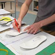 Steunzolen voor hielspoor maken op maat maken in werkplaats Voetzorg Noord-Holland Alkmaar