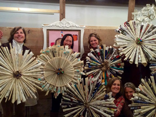 More gorgeous recycled wreaths......