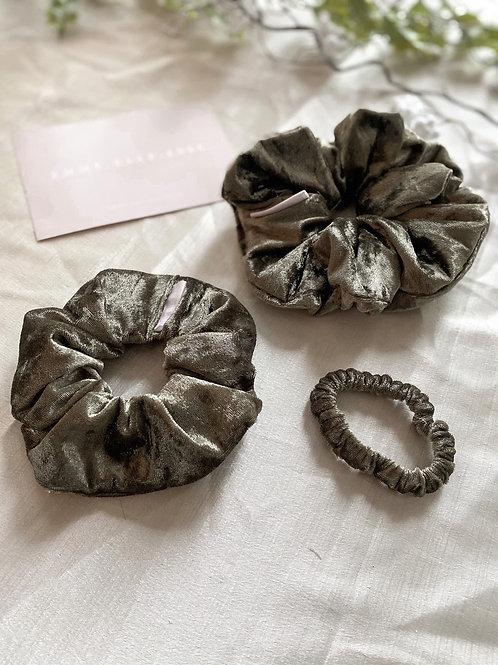Velvet Scrunchie | Khaki