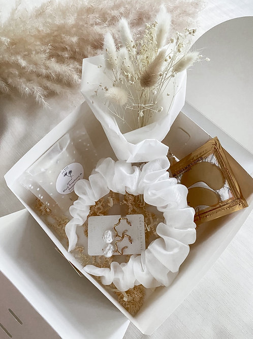 The Bridal Glam Hamper